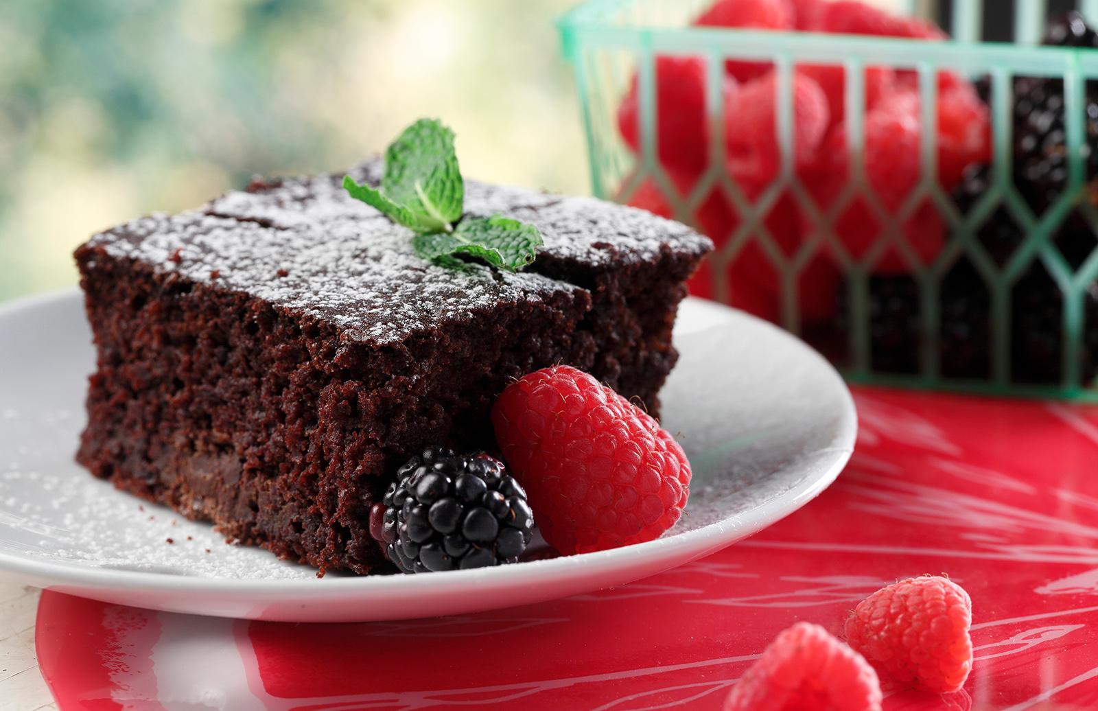 Double Chocolate Beet & Lentil Sheet Cake | Lentils.ca