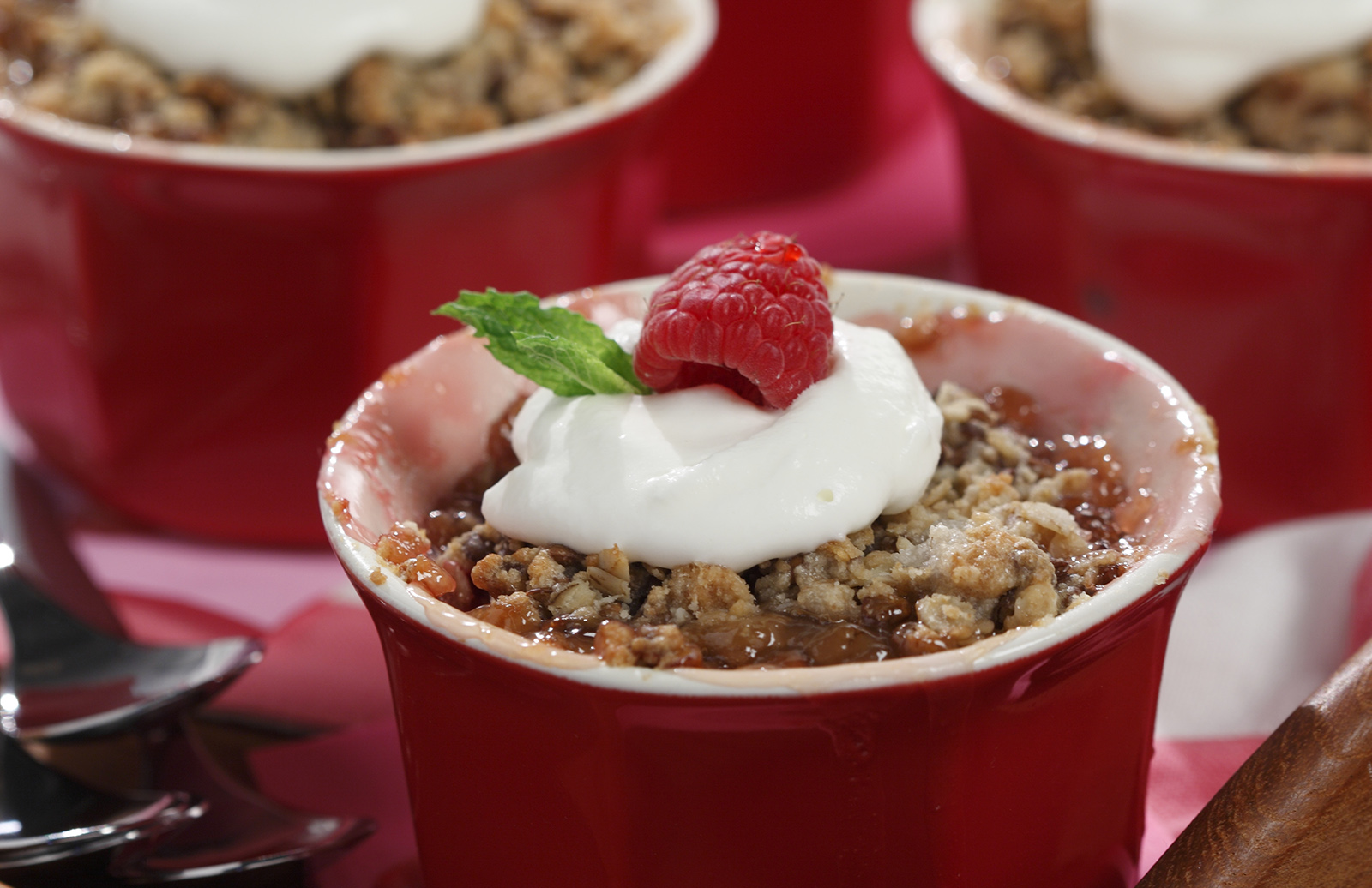 Peach & Raspberry Crumble | Lentils.ca