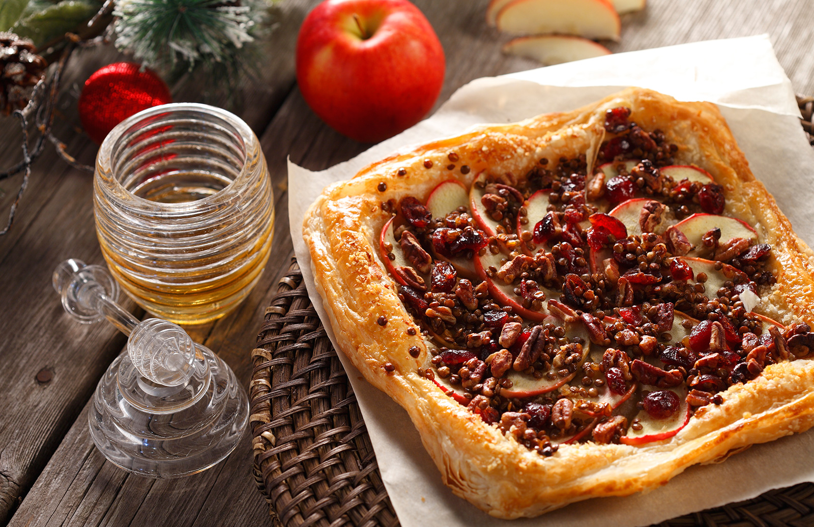 roasted_apple_lentil_tart_with_cranberries1.jpg