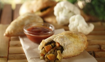 Curried Lentil & Cauliflower Hand Pies 3